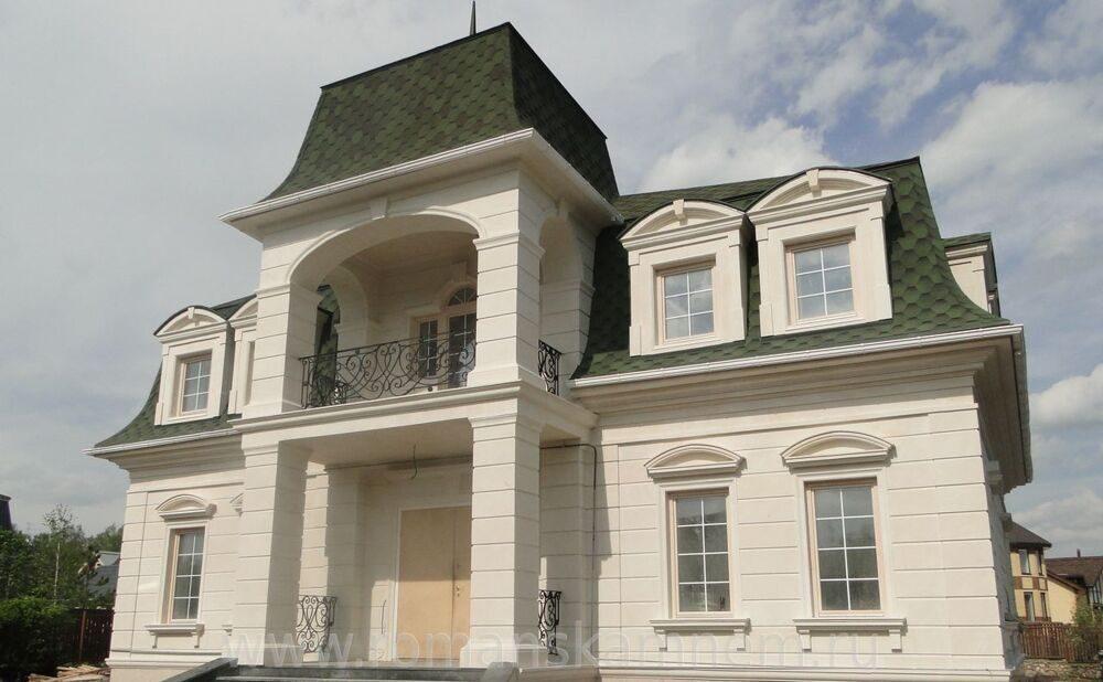 фасад дома из известняка